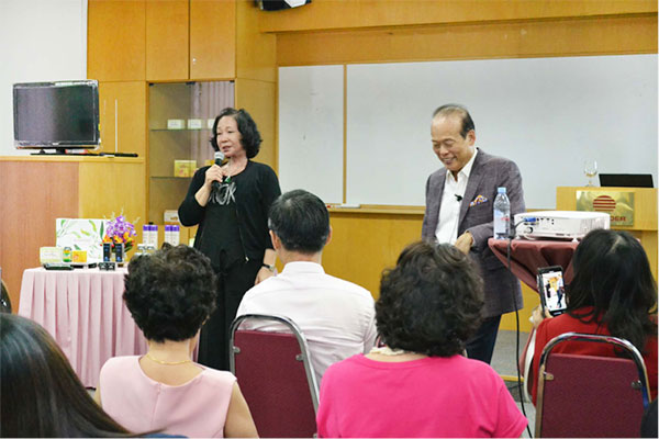 Drs. Chen Special Meeting in Singapore